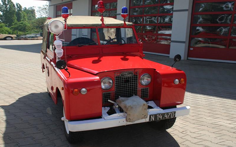 Foto: Mannschaftstransportfahrzeug (FF Gumpoldskirchen)